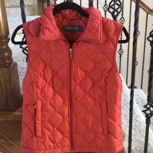 Vest. Kenneth Cole. Rust color